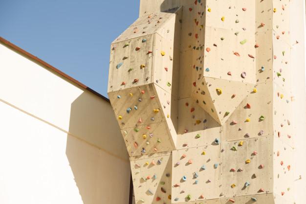 rocodromo-al-aire-libre_81262-253